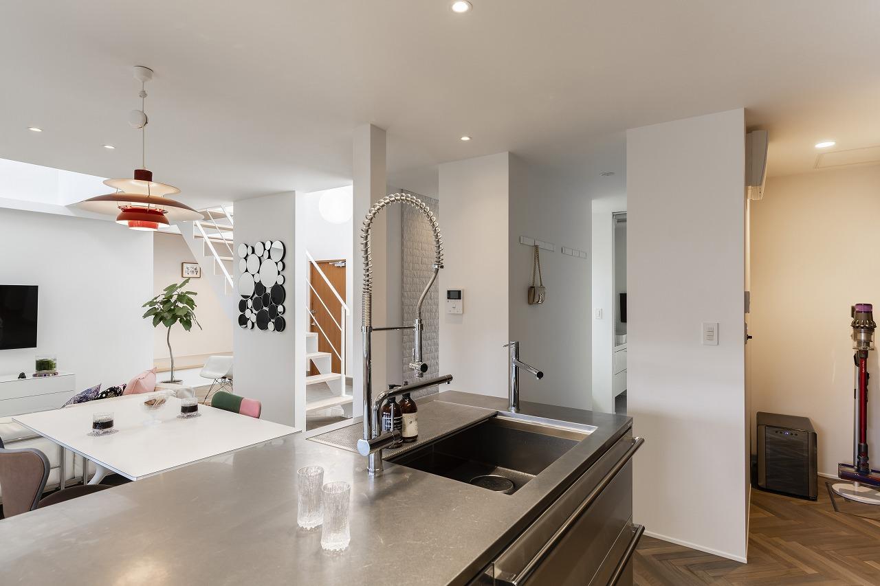 お気に入りの家具とインテリアでおしゃれに暮らす家